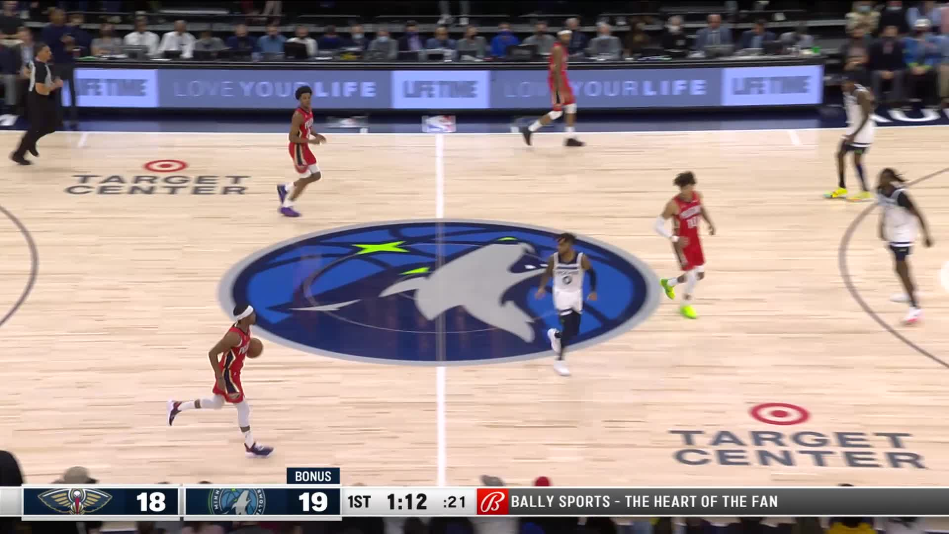 Deep 3-pointer by Trey Murphy III off the assist by Devonte' Graham | Pelicans at Timberwolves 10-25-21
