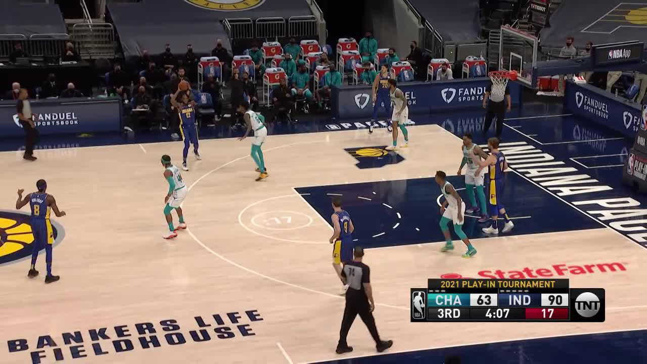 Sabonis Pumps and Gets the Roll