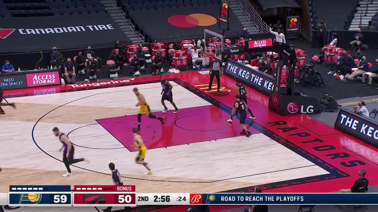 McConnell Sets Up Sabonis for the Dunk