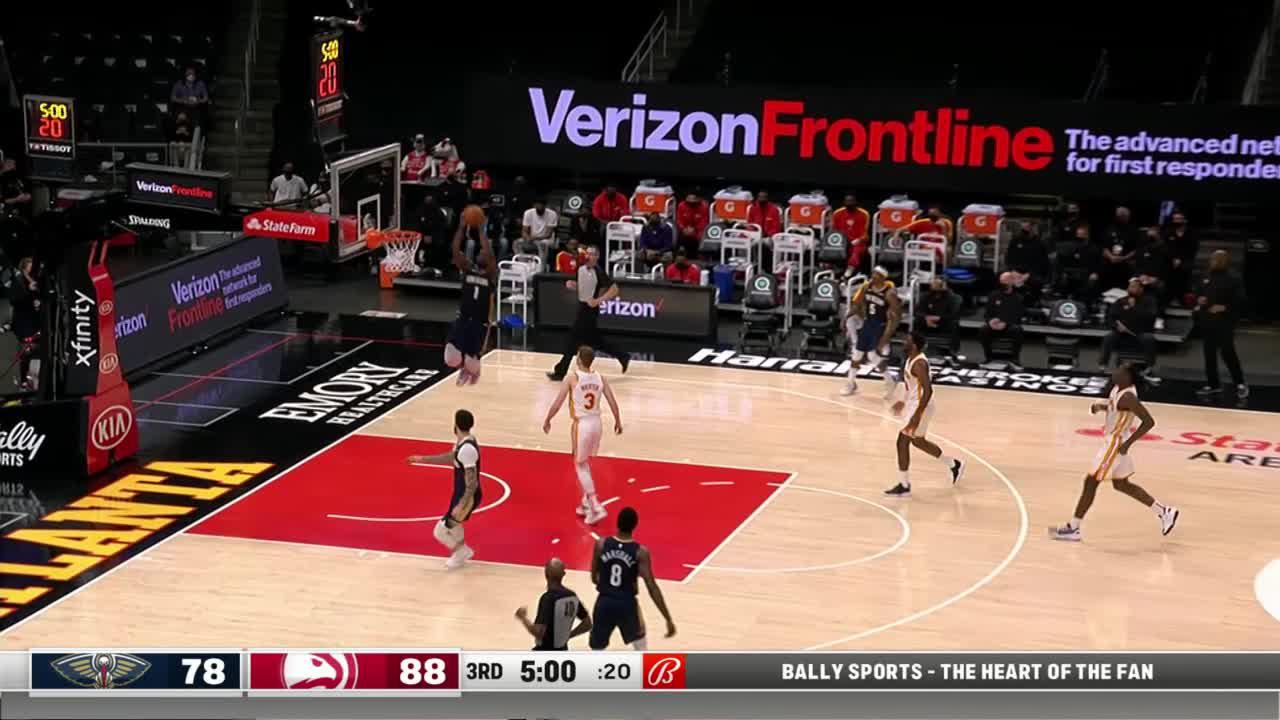 Zion Williamson alley-oop | Pelicans-Hawks Highlights