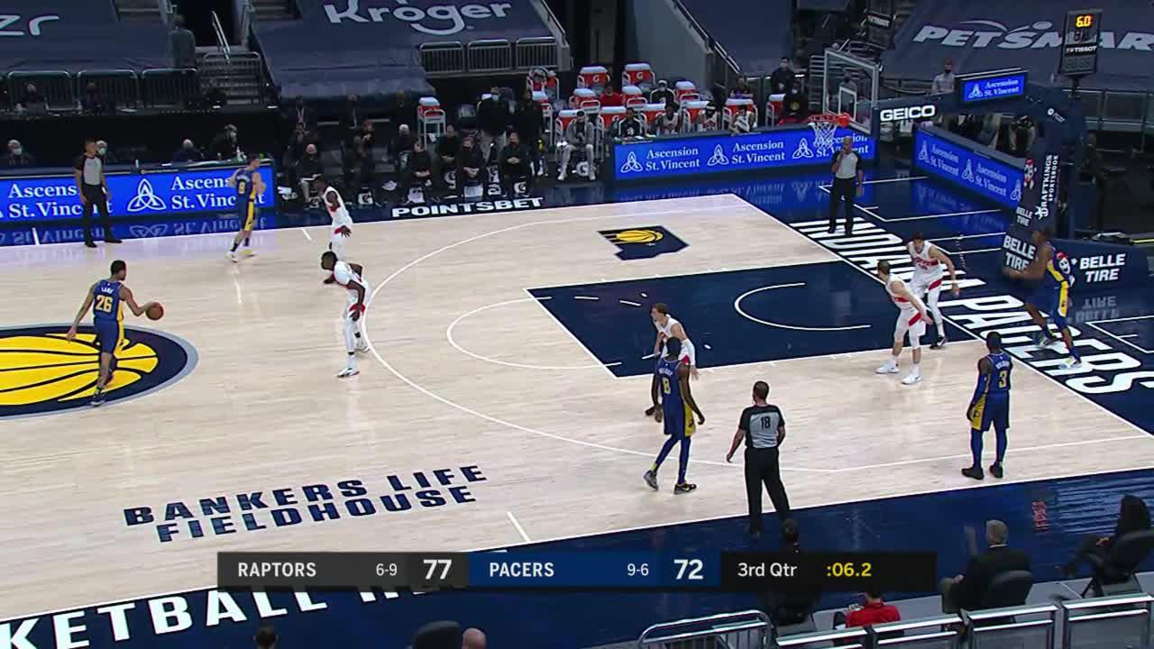 Lamb Takes It to the Rim Through Contact