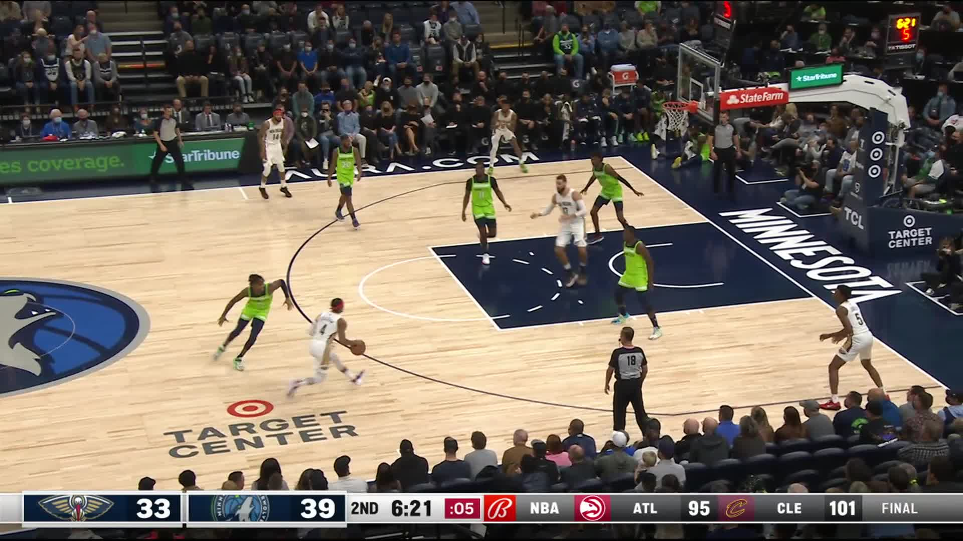 Dunk by D'Angelo Russell
